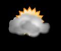 Pomeriggio: cielo nuvoloso o molto nuvoloso con possibili riduzioni della visibilita