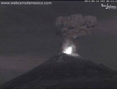 L'immagine del 'Popo' relativa a due ore fa, fonte: webcamdemessico