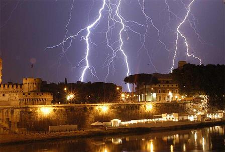 Temporali-a-Roma-Domani-4-Novembre.jpg (448×303)