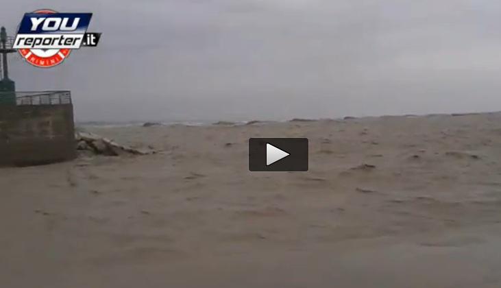 Mareggiata rimini oggi 11 novembre 2013 il video centro - Meteo it bagno di romagna ...