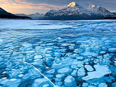 il lago dalle bolle di ghiaccio in canada centro meteo