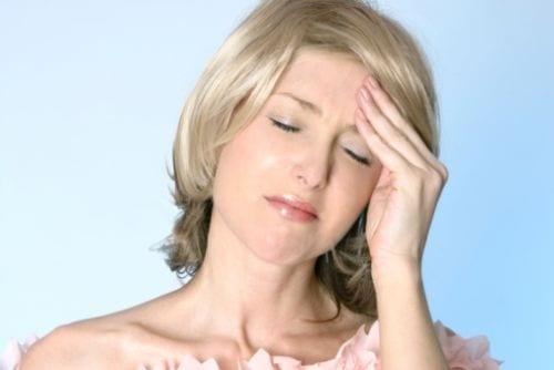 200 tipi di mal di testa: si curano con la ginnastica..