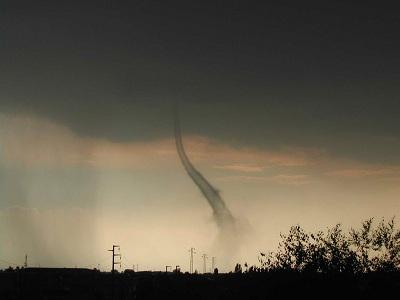 Tornado in Italia il 18 giugno 2003 un vortice si è abbattuto su Verona