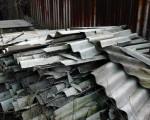 Napoli, lastre di amianto sotto casa da cinque mesi