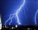 Meteo prossimi giorni diverse perturbazioni portano rovesci e temporali