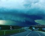 Supercella in Turchia incredibili immagini della tempesta che si è abbattuta su Edirne