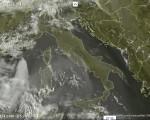 Tempo in atto: anticiclone sull'Italia porta tempo stabile con con cieli in prevalenza sereni, temperature localmente oltre i +30 gradi