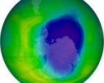 Buco dell'ozono sopra l'Antartide in riduzione secondo gli ultimi dati, solo l'anno scorso di parlava invece di estensione record