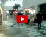 Piogge e allagamenti in Messico: un centro commerciale è completamente allagato