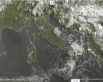 Tempo in atto: qualche pioggia al mattino su Alpi e Sud Peninsulare, temporali sparsi al pomeriggio localmente anche intensi