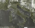 Tempo in atto: sull'Italia si espande l'anticiclone con sole e caldo da Nord a Sud, pochi temporali pomeridiani sui rilievi