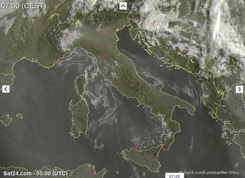 Tempo in atto: sole prevalente e caldo in aumento sull'Italia, pochi temporali