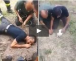 Salvano un cucciolo intrappolato sottoterra: video da brividi