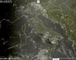 Tempo in atto: l'anticiclone cede il posto alle correnti atlantiche, nuvolosità in aumento e piogge sull'Italia.