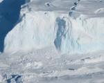 Antartide: un enorme ghiacciaio si sta sciogliendo e potrebbe sommergerci