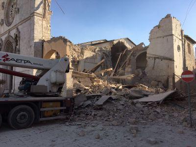 Risultati immagini per terremoto in umbria e freddo