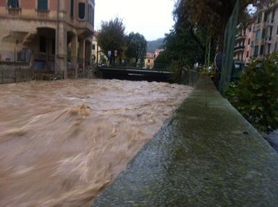 Allerta in Liguria e Piemonte esonda il Tanaro