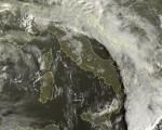 Tempo in atto: piogge al nord-est e al meridione, migliora invece sulle aree alluvionate