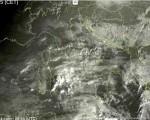 Tempo in atto: maltempo al Sud specie sulle Isole Maggiori, più asciutto altrove ma con possibilità di nebbie e nubi basse.