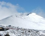 Bufera di neve sull'Etna fiocchi accompagnati da forti venti in quota sulla Sicilia