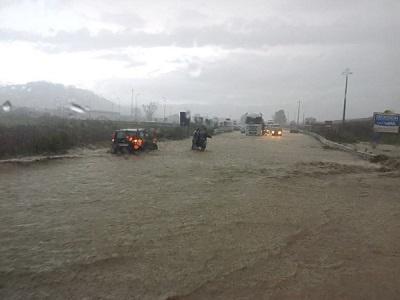 Maltempo, temporali e venti forti: è allerta rossa in Sicilia e Calabria