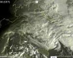 Tempo in atto: instabile sul Centro-Sud Italia con piogge e acquazzoni anche intensi sulla Calabria, più stabile e soleggiato al Nord - sat24.com.