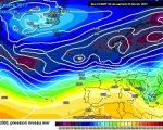 La situazione attesa secondo ECMWF00z per i primi giorni di Marzo, con l'italia interessata in parte da un debole promontorio di alta pressione, e in parte da umide correnti occidentali provenienti dall'Atlantico.