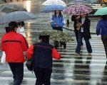 Peggioramento meteo nel weekend a causa di una nuova perturbazione atlantica. Ancora piogge, temporali e neve abbondante sulle Alpi.