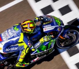 News MotoGP 2017, Valentino Rossi comincia a divertirsi  Calendario e orari tv Sky e Tv8 GP Argentina
