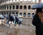 Previsioni METEO ROMA: tempo instabile specie al pomeriggio con piogge e locali temporali sparsi, più sole dal weekend - mipiaceroma.it