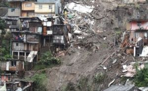 Manizales, frana killer sulla città: 16 morti e 6 dispersi. Oltre 400 famiglie sono state evacuate, diramato lo stato di emergenza
