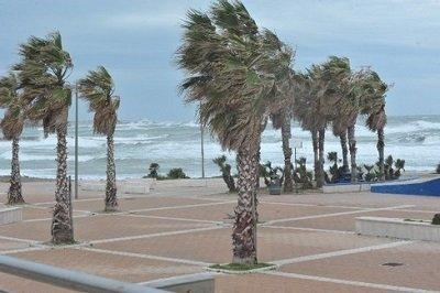 Mari agitati e venti forti in Italia sono attese raffiche sostenute e onde alte