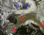 Situazione satellitare relativa alla giornata odierna, con nuvolosità compatta presente sulle regioni del nord Italia, mentre un vasto campo di alta pressione interessa il mar Mediterraneo e le restanti regioni Italiane. Nel contempo dal nord Europa inizia ad intravedersi la perturbazione che nei prossimi giorni interesserà il nord Italia.