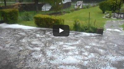 Maltempo, intense grandinate in atto al Nord, ecco i video che mostrano la massima intensità dei fenomeni 19 maggio 2017