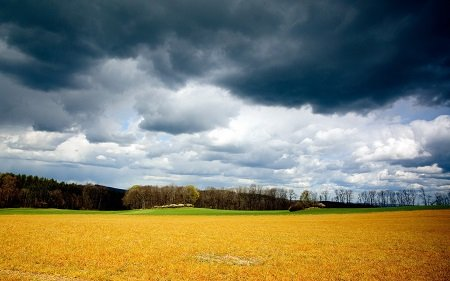 Allerta meteo, ancora temporali al nord