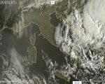 Meteo Live: piogge sparse al Sud, stabile altrove - sat24.com