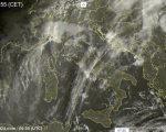 Molte nuvole sull'Italia con piogge in arrivo dalla sera - sat24.com