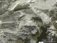 Piogge sparse sulle regioni tirreniche, locali nevicate sulle Alpi - sat24.com