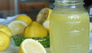 Dieta del limone, si perdono 3 kg in una settimana: l'effetto si nota sull'addome
