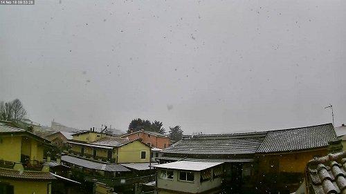 Neve a porte Roma,pochi fiocchi in città