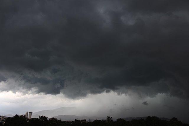Tempo instabile con piogge e temporali sull'Italia - occhiodisalerno.it