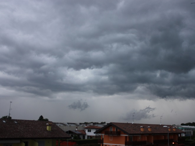 Sarà un weekend tra Anticiclone delle Azzorre e temporali