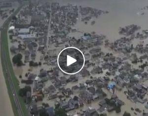 Maltempo Giappone: piogge devastanti e paese in ginocchio. Adesso si fa la conta dei danni. Il video impressionante che mostra salvataggi in diretta e persone che scappano dall'acqua