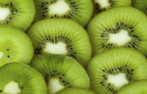 come mangiare il kiwi per perdere peso