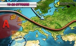 Previsioni meteo: ultime ore con piogge sparse in Italia, per il resto della settimana bel tempo e caldo fuori stagione