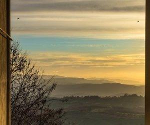 Previsioni meteo: locali disturbi al sud nella giornata di domani, sole e clima caldo sul resto d' Italia