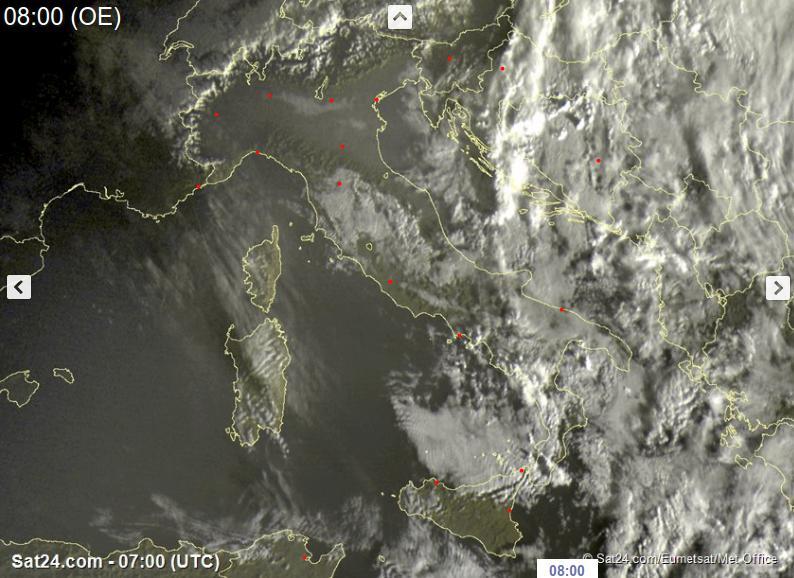 Piogge e acquazzoni al Sud Italia, più stabile altrove - sat24.com