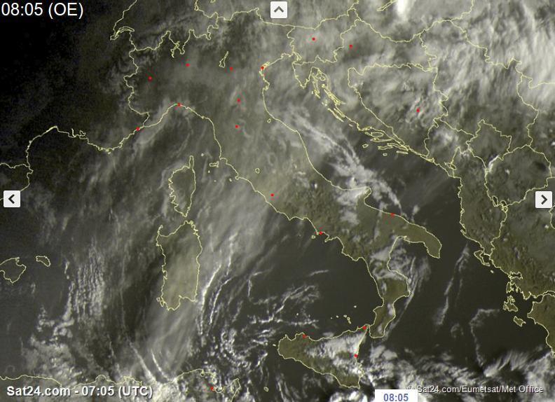 Rapido peggioramento meteo in arrivo, ecco dove - sat24.com