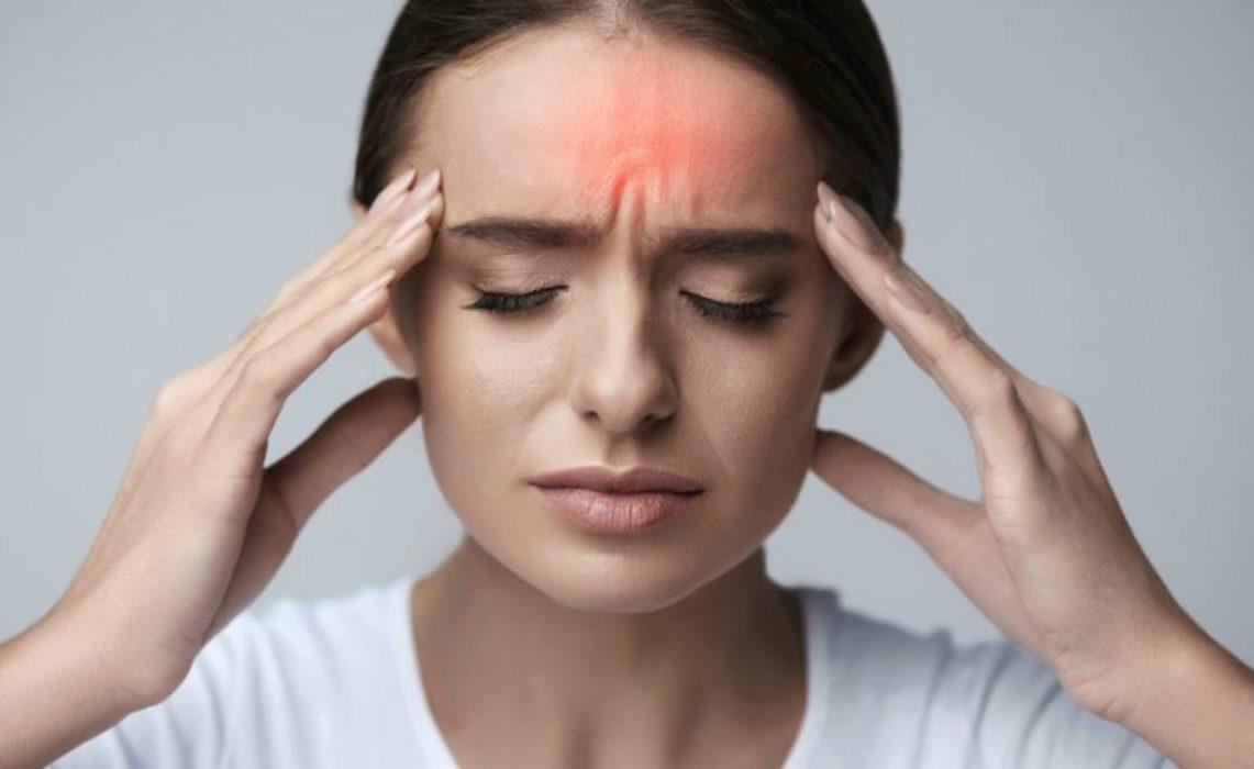 Emicrania i rimedi casalinghi per fermare il mal di for Mal di testa da cervicale quanto puo durare