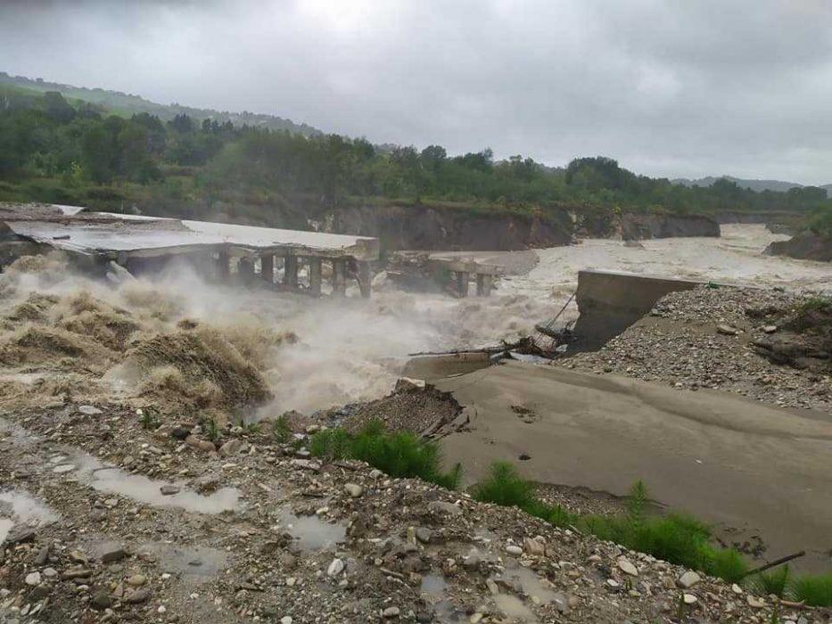 Esonda il fiume Savio in queste ore, Lunedì 13 Maggio. Ponte Verucchio(RN), foto Centro Meteo Emilia Romagna